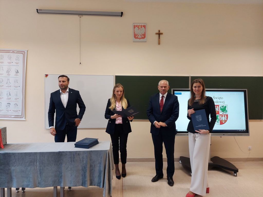 Starosta Powiatu i Naczelnik Wydziału Oświaty